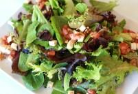 Zeleninový chilli salát s tuňákem – recept zdarma