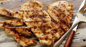 Pikantní grilované kuře s fíkovým chutney