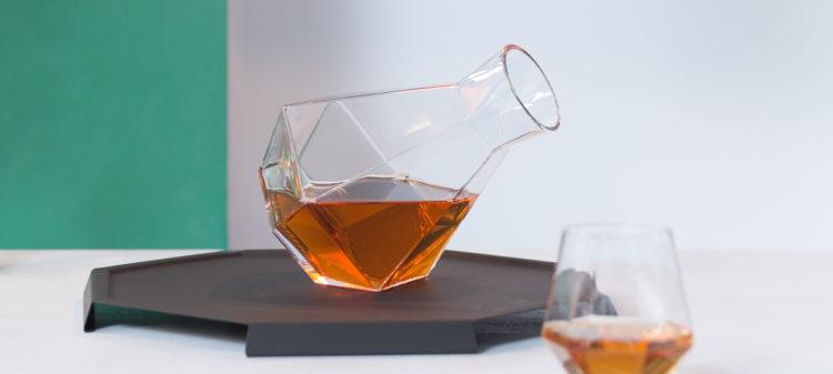 Dejte si pauzu se sklenkou dobrého vína.